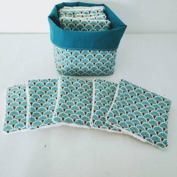 Les lingettes japonaises en tissu se lavent à 60° et sont réutilisables.