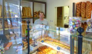 A la boulangerie 1863, l'équipe s'adapte au jour le jour.