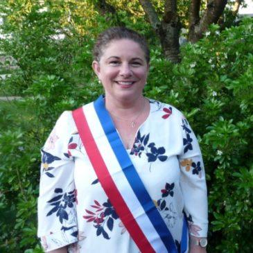 Marina Le Moal est la première femme maire de la commune de Caulnes.