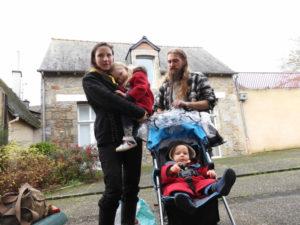 La famille Lemercier a fait le choix de l'école à la maison et espère bien pouvoir continuer.
